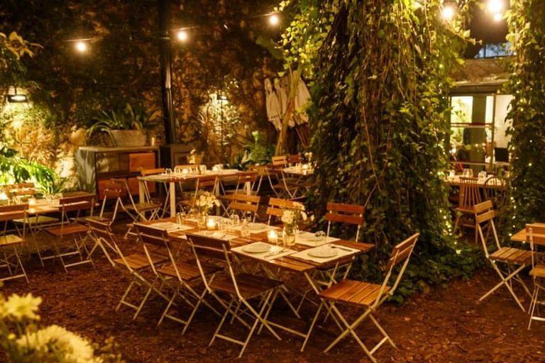Terrazas y espacios verdes cerca de la ciudad para desayunar, almorzar, merendar o cenar al aire libre