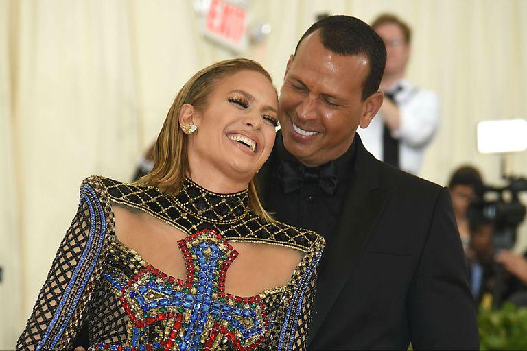 """Jennifer Lopez y Alex Rodriguez no pudieron recuperar la """"chispa"""" de los primeros años de noviazgo"""