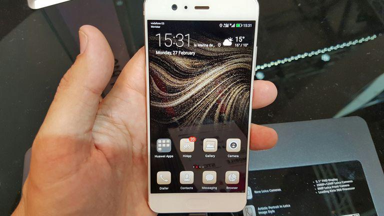 El Huawei P10 tiene una pantalla de 5,1 pulgadas; el P10 Plus tiene una de 5,5 pulgadas