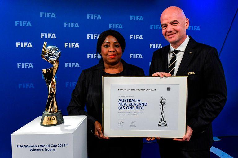 Coronavirus. La FIFA reparte 1500 millones de dólares y exige fútbol pronto