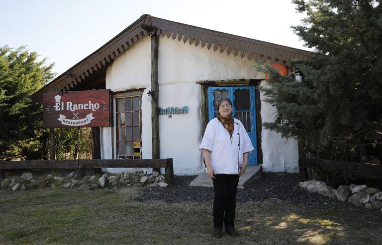 Cerró su empresa en Uruguay y halló su destino en un pueblo bonaerense de 70 habitantes