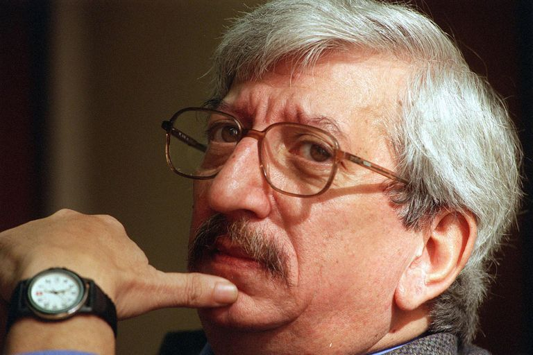 También presidió la Asamblea General de la ONU en 1988.