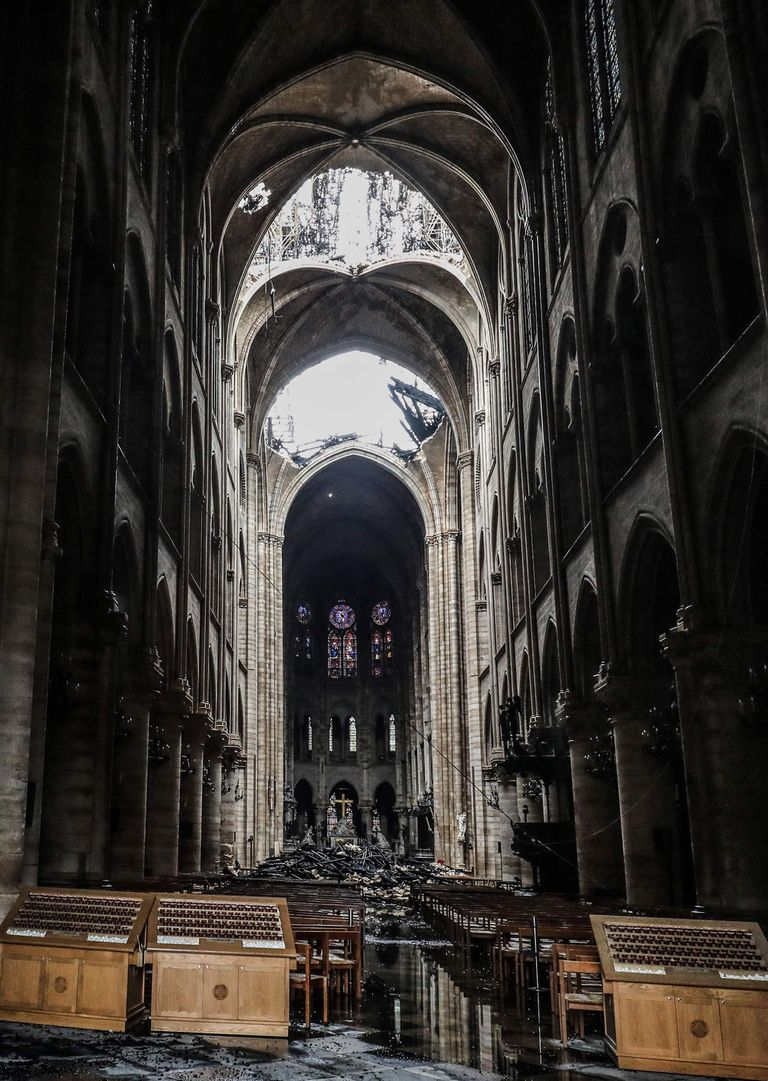 Las imágenes del interior de la catedral tras el incendio