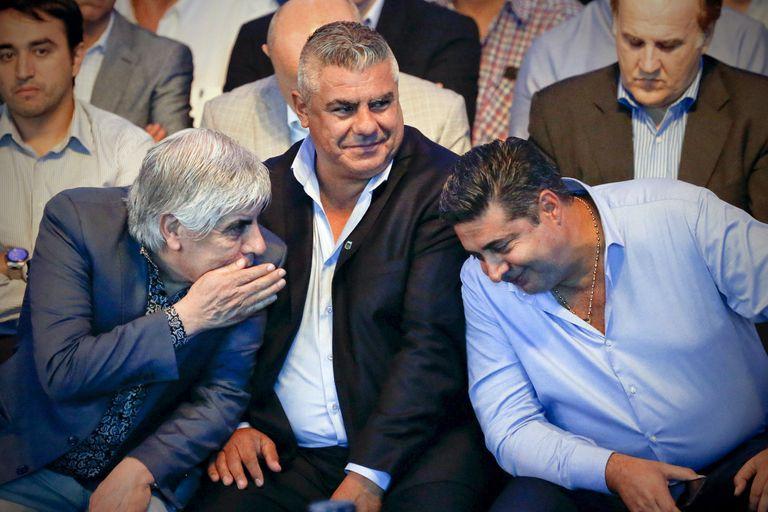 El fútbol, la última frontera donde resiste la alianza Macri-Moyano