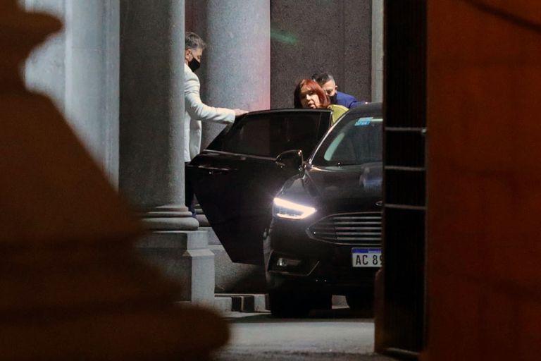 Cristina Kirchner tomó distancia de los nuevos ministros y extiende su estadía en El Calafate