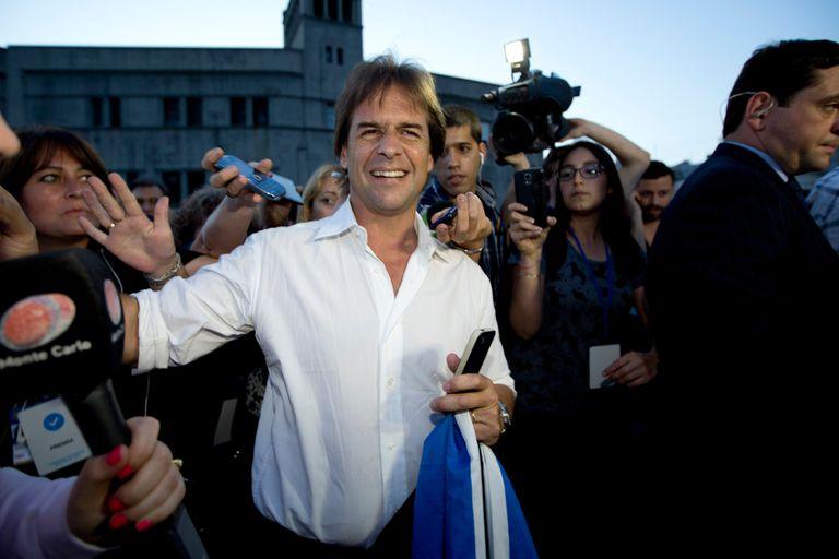 Ballottage en Uruguay: expectativa tras el cierre de los centros de votación
