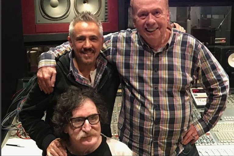 """Charly García y Alejandro Lerner grabaron un tema con el """"sexto Beatle"""""""