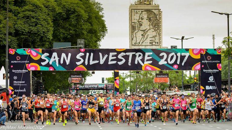 San Silvestre cerró 2017 con 10.000 corredores en el centro porteño