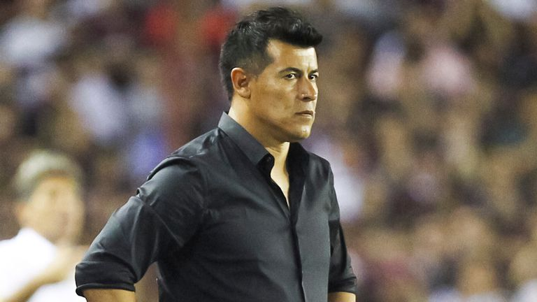 San Lorenzo apunta en una sola dirección y Jorge Almirón se acerca a Boedo