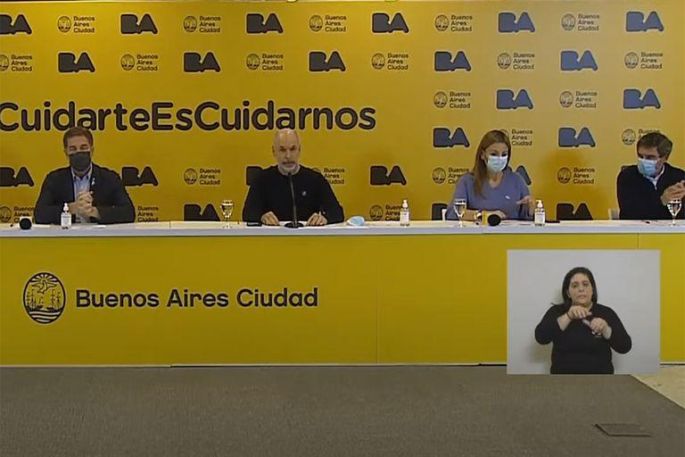 Se espera que Horacio Rodríguez Larreta y su equipo de ministros anuncien las nuevas medidas de restricción por la tarde.
