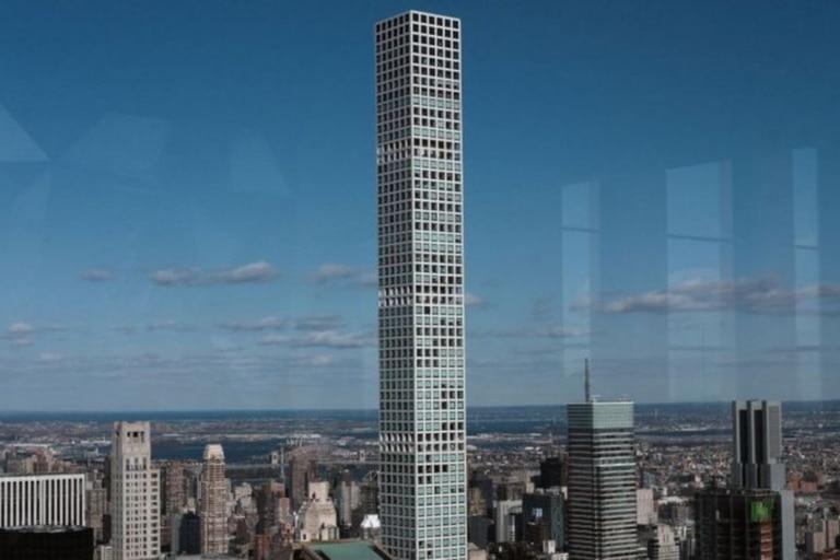 Pagaron millones de dólares para adquirir viviendas y en vez de espacios de ultralujo, recibieron un edificio plagado de averías y fallas