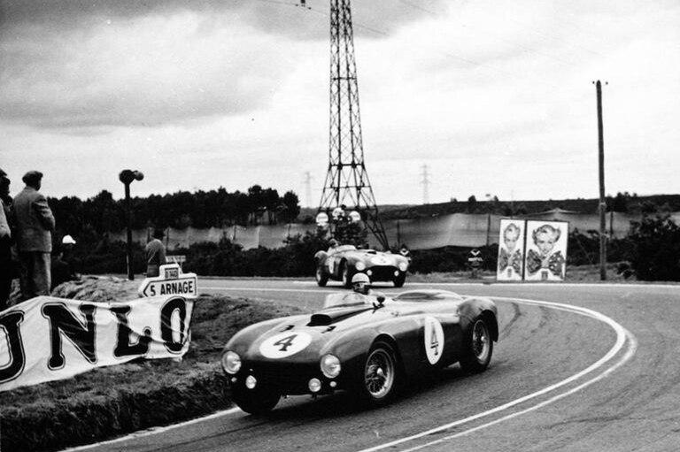 Triunfo argentino. José Froilán González lleva a la victoria a la Ferrari 375 en 1954