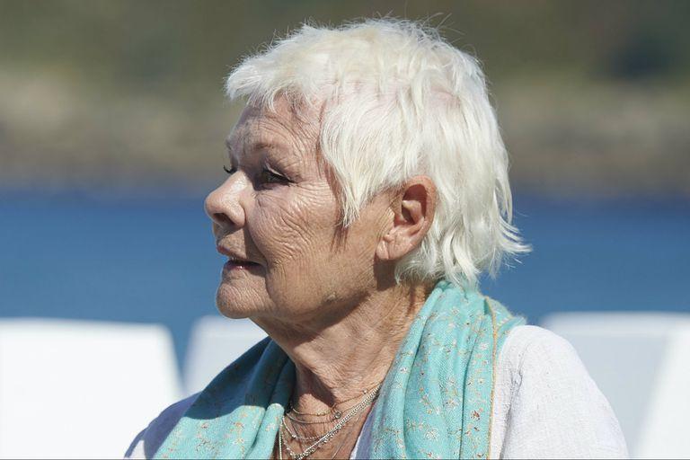 San Sebastián: a los 83 años, Judi Dench recibió el Donostia a la trayectoria