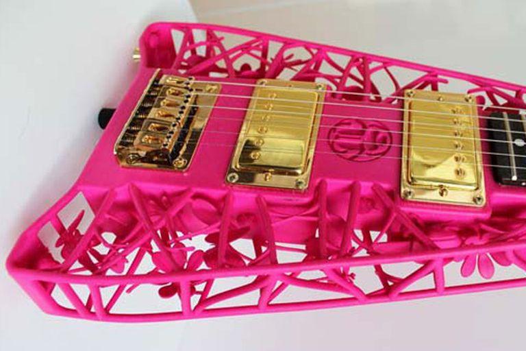 Olaf Diegel crea instrumentos con cuerpos hechos con impresoras 3D
