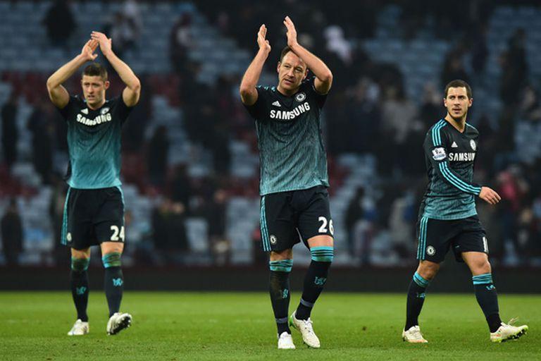 Chelsea le ganó a Aston Villa y sacó más diferencia