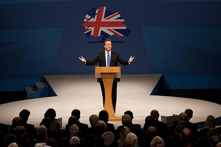 "David Cameron vuelve a hablar de Malvinas: elogió a Margaret Thatcher por ""salva"