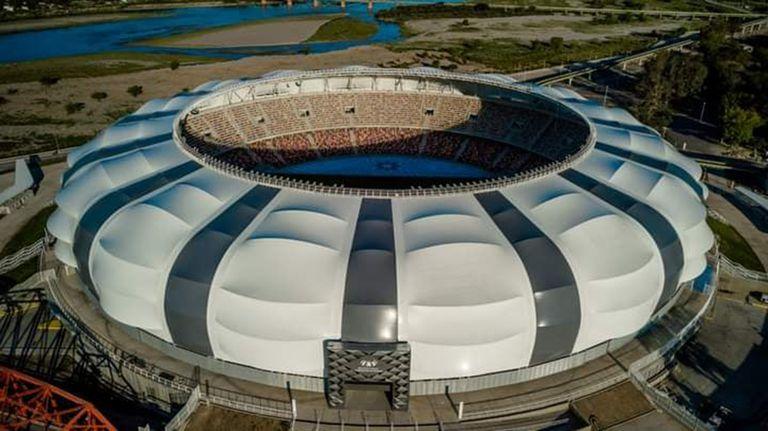 El estadio Único Madres de Ciudades, de Santiago del Estero, será uno de los puntos que compondrán el Paseo Diego Armando Maradona.