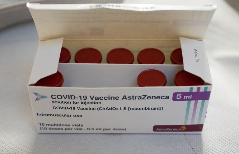 AstraZeneca suma traspiés y crece la preocupación global por el plan de la OMS