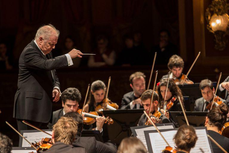 Músicos alemanes acusan a Barenboim de insultos y humillaciones