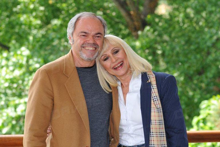 Raffaella Carrà junto al coreógrafo Sergio Japino