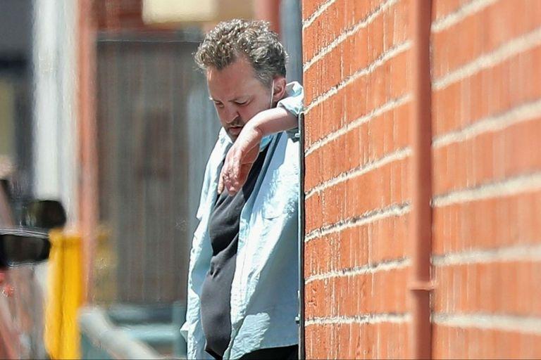 Matthew Perry, irreconocible, reapareció tras su separación