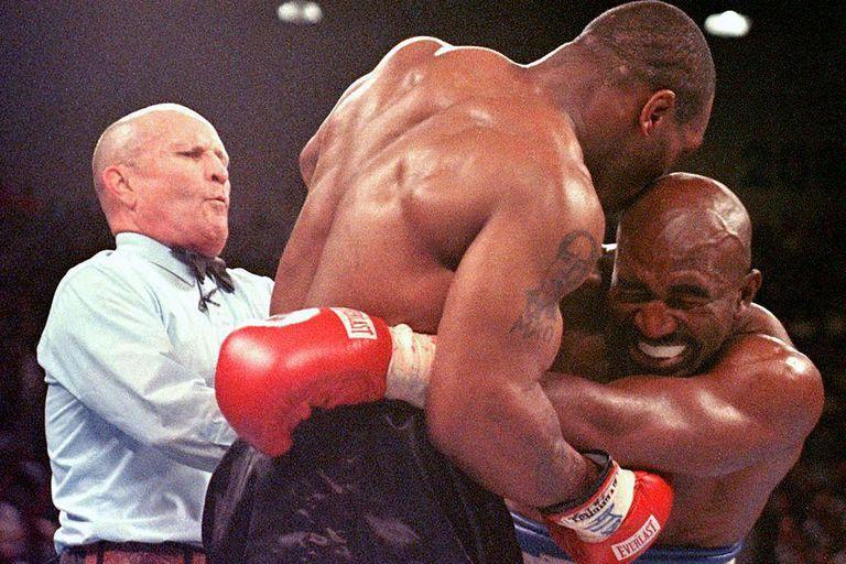 El mordisco a Holyfield, uno de los momentos oscuros en la vida de Tyson