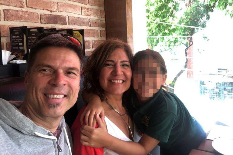 A Maica Moraes (47) una amiga, que conoció de grande, le prestó su vientre para que junto a su marido, Juan de Gregorio, puedan ser padres de Bianca (8), la primera de 47 bebés ya nacidos en la Argentina por gestación por sustitución