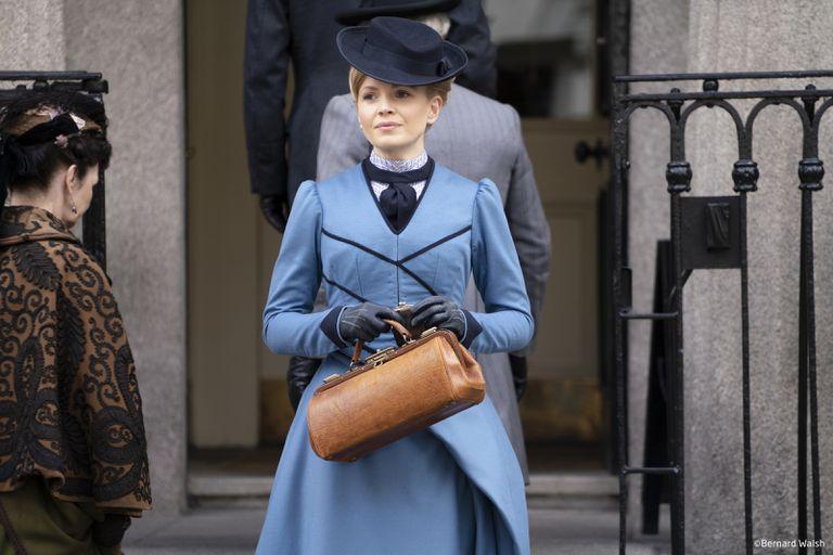 Miss Scarlet and the Duke propone una vuelta de tuerca irónica al policial victoriano