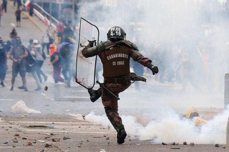 Desde hace 13 días hay marchas contra el gobierno de Sebastián Piñera