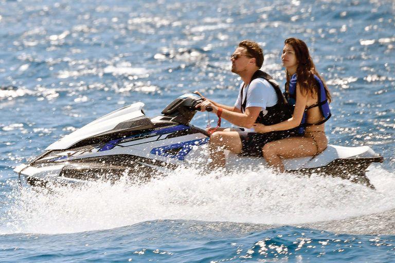 Leonardo DiCaprio y Camila Morrone sorprendieron con su vínculo; la actriz argentina se enamoró del actor de Hollywood y defiende su amor ante las críticas