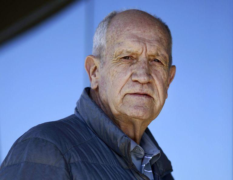 El comodoro retirado Luis Alberto Puga, de 73 años, héroe de Malvinas, logró atacar y dejar fuera de acción a la fragata inglesa Brillant