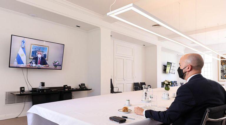El asesor de Joe Biden para América latina almorzó, a la distancia, pero en la quinta presidencial de Olivos, con el Presidente.