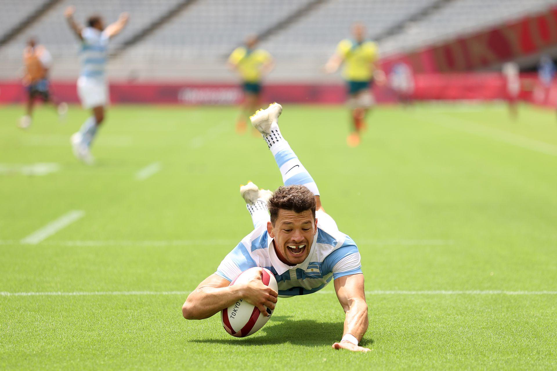 Lautaro Bazan Velez, del Team Argentina, prueba el tercer día de los Juegos Olímpicos de Tokio 2020 en el Estadio de Tokio el 26 de julio de 2021 en Chofu, Tokio, Japón.