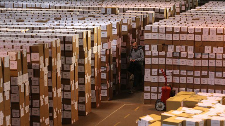 La llegada de las urnas donde la Junta Electoral hará el recuento definitivo