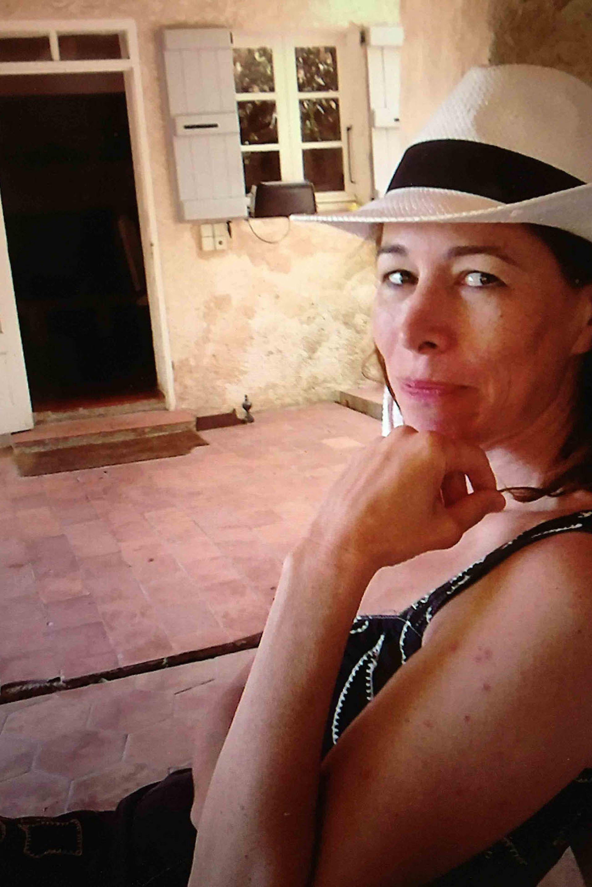 Además de español y francés, Anne hablaba inglés, ruso y entendía el italiano.