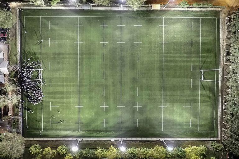 Deportiva Francesa y un hito que excede al rugby: su cancha de césped artificial