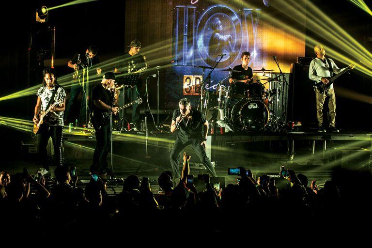 Los Cafres tocando el año pasado en Monterrey, México