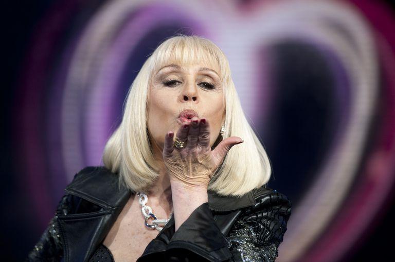 Murió Raffaella Carrà: la gran estrella de la TV y la música italiana que dejó su sello en la Argentina