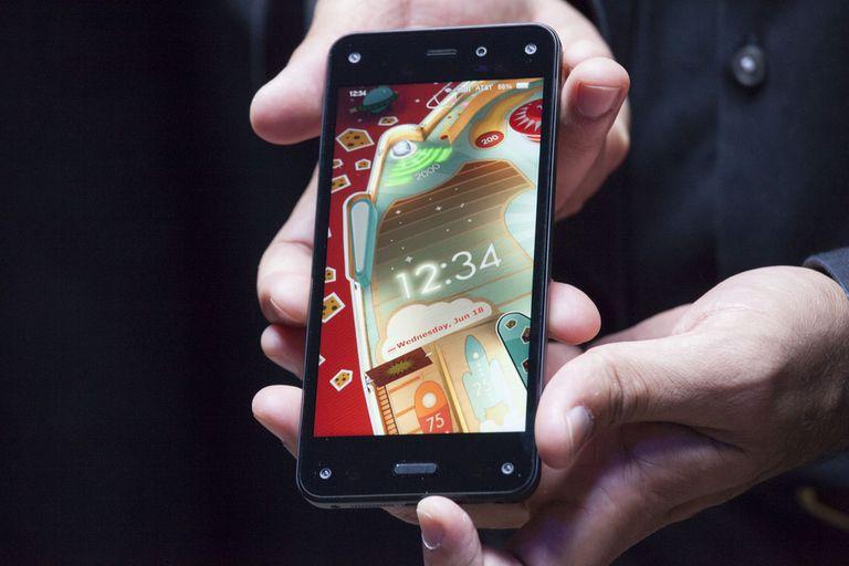 El Amazon Fire tiene una pantalla de 4,7 pulgadas, chip de cuatro núcleos y cámara de 13 megapixeles