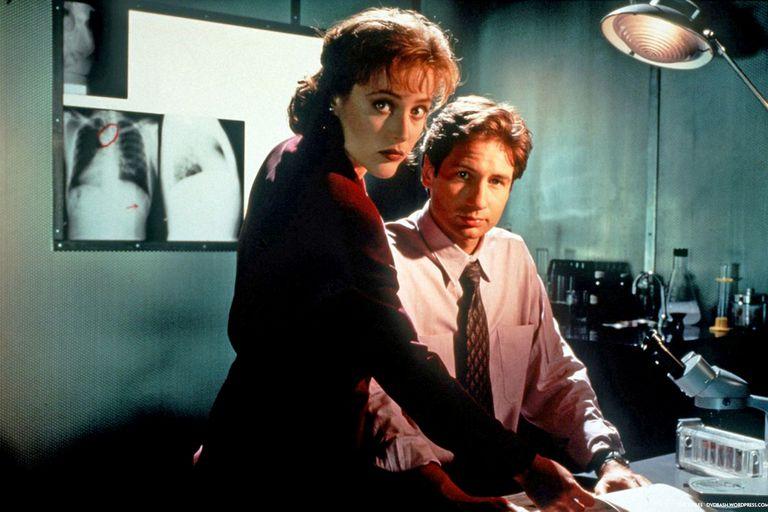 Expedientes X: los agentes Fox Mulder y Dana Scully