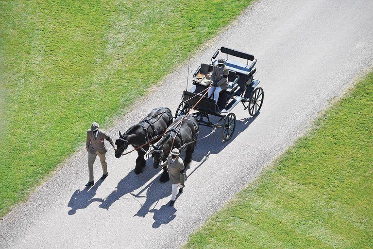 Fue entrañable la presencia de sus dos caballos favoritos, Balmoral Nevis y Notlaw Storm, al tiro de su carruaje