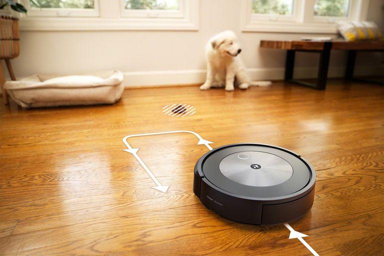 Esta es Roomba j7+, la aspiradora de iRobot que esquiva cables y excrementos