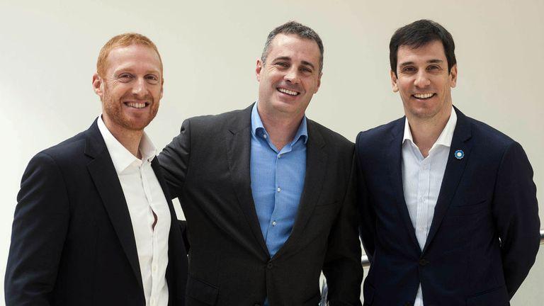 En acción. Sebastián Sommer (CasasArg), Daniel Alonso (Banco Provincia) e Iván Kerr (Procrear)