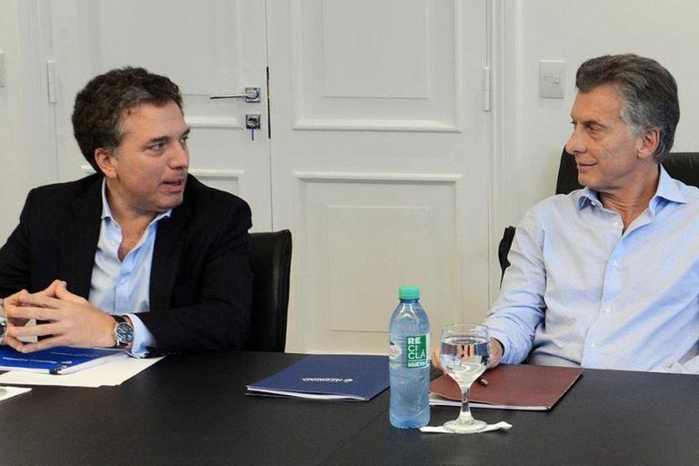 El juez convocó a Nicolás Dujovne, Guillermo Dietrich y Javier Iguacel, entre otros, por la concesión de Autopistas del Sol, empresa ligada a la familia Macri