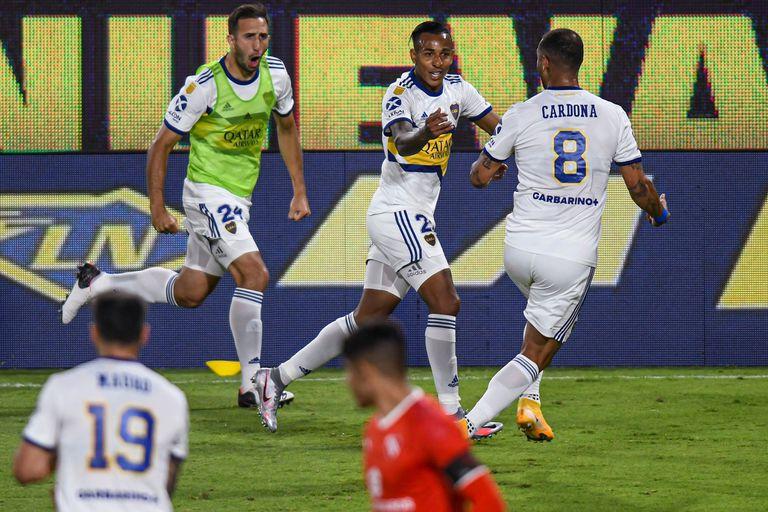 Edwin Cardona se tomó vacaciones en medio de la Copa Libertadores; Sebastián Villa tomó sus pertenencias del vestuario y dijo que no jugaría más en Boca