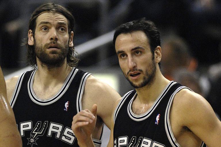 Oberto y Ginóbili juntos, defendiendo la camiseta de San Antonio Spurs: fue un 11 de febrero de 2008, ante Raptors de Toronto