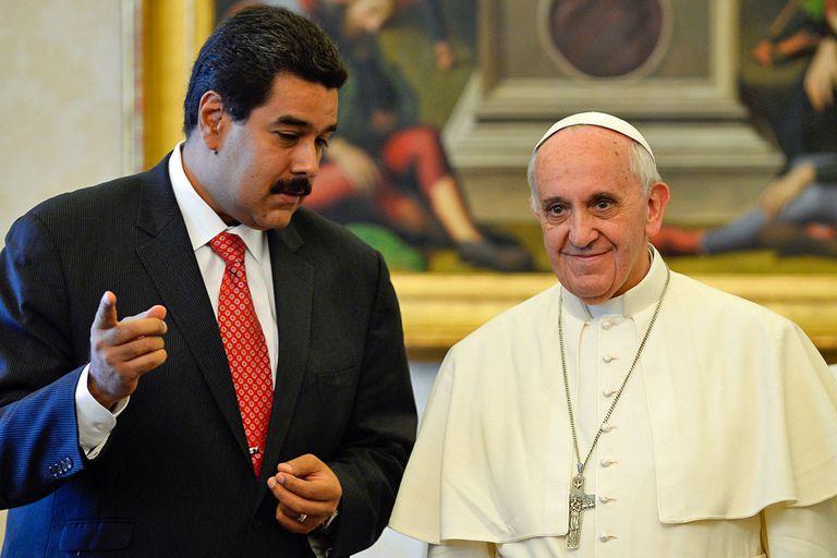 Francisco recibió a Maduro hace tres años