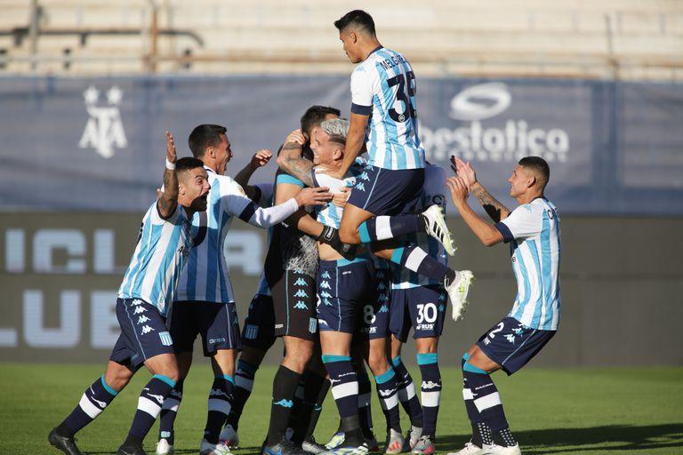 Por penales. Racing venció 4 a 2 a Boca y es finalista de la Copa de la Liga