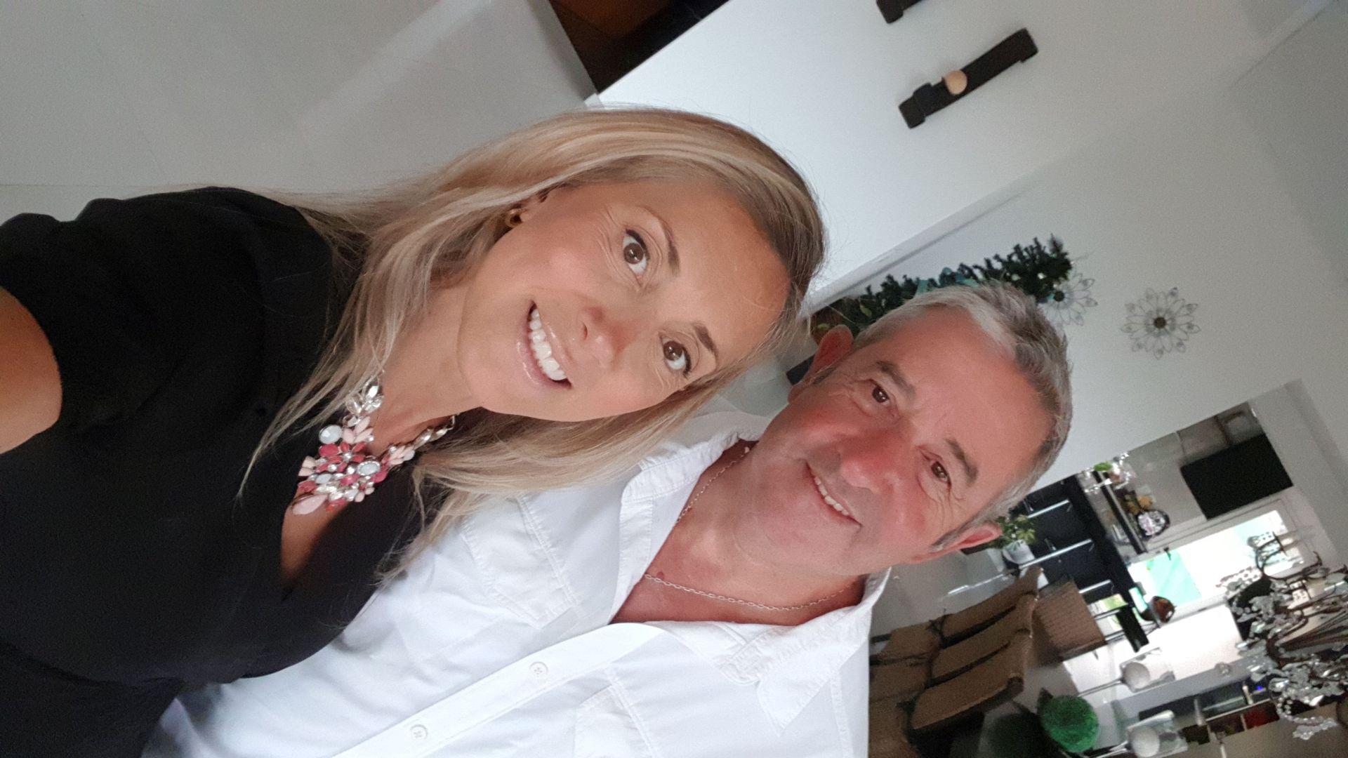 """Natalia Obón y Julio Cobos en una """"selfie"""". """"El amor es así, cuando uno cree que tiene todo resuelto en la vida, aparece sin golpear"""", asegura el actual senador nacional."""