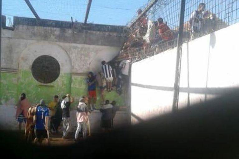 Santa Fe: subió a cinco el número de muertos por los motines en las cárceles